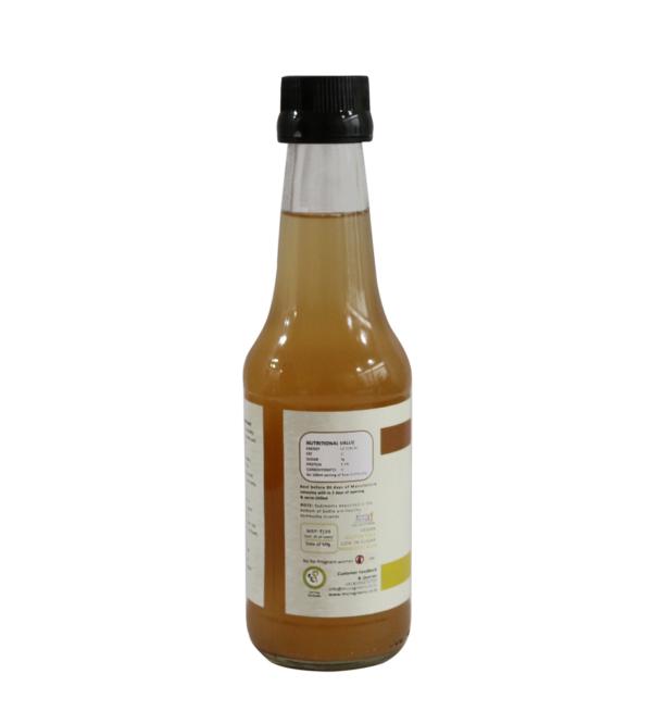 Ginger-and-lemon kombucha