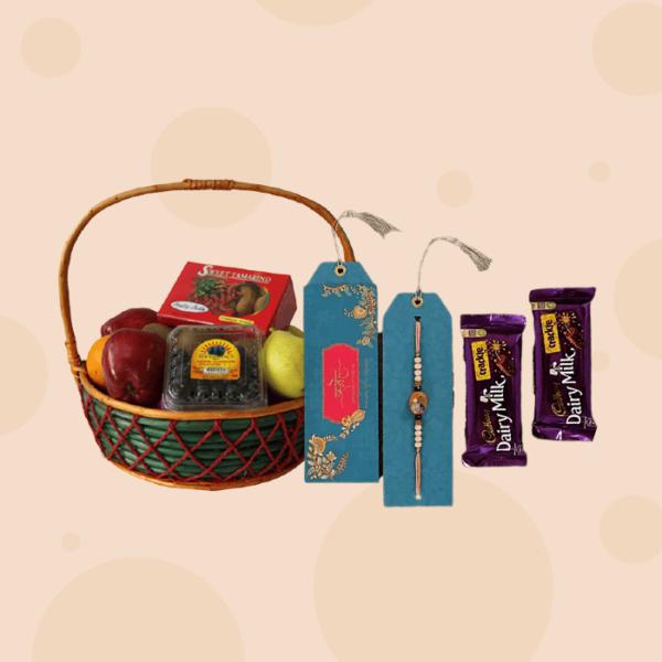 Rakhi-Special-Fruit-Basket-Combo